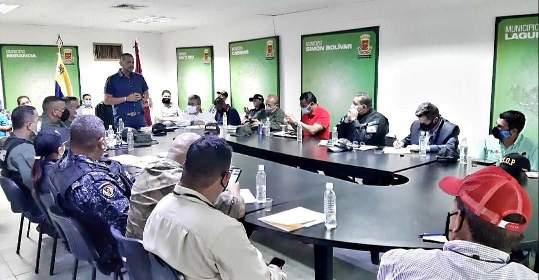Resultado de imagen para gobernador prieto inspeccionó estaciones de bombeo y planta de tratamiento de aguas servidas de cabimas